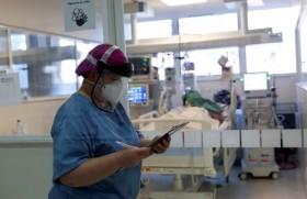ब्राजील की एक नर्स