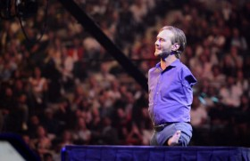 Pastor Nick Vujicic Is Living His Best Life Without Limbs
